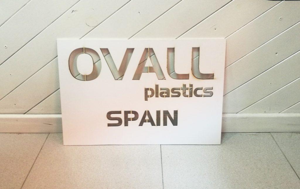 Plantilla de señalización para Ovall Plastics