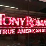 Corpóreo luminoso para TonyRoma's