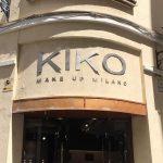 Montaje y desmontaje de letras corpóreas para Kiko