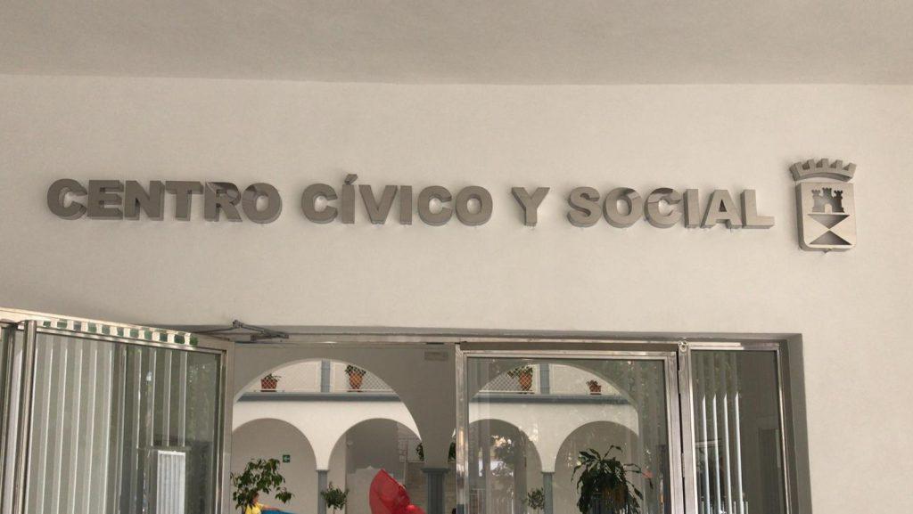 Letras corpóreas metálicas para Centro Cívico Castilleja de la Cuesta