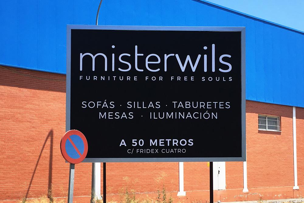 Impresión de vinilos poliméricos para vallas publicitarias de Misterwils