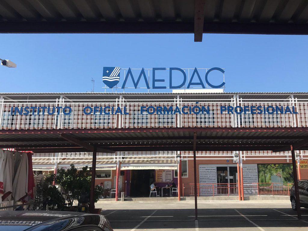 Rotulación corporativa para Medac