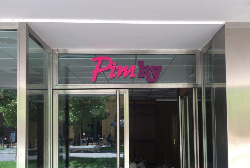 Rótulo corpóreo para Pimky