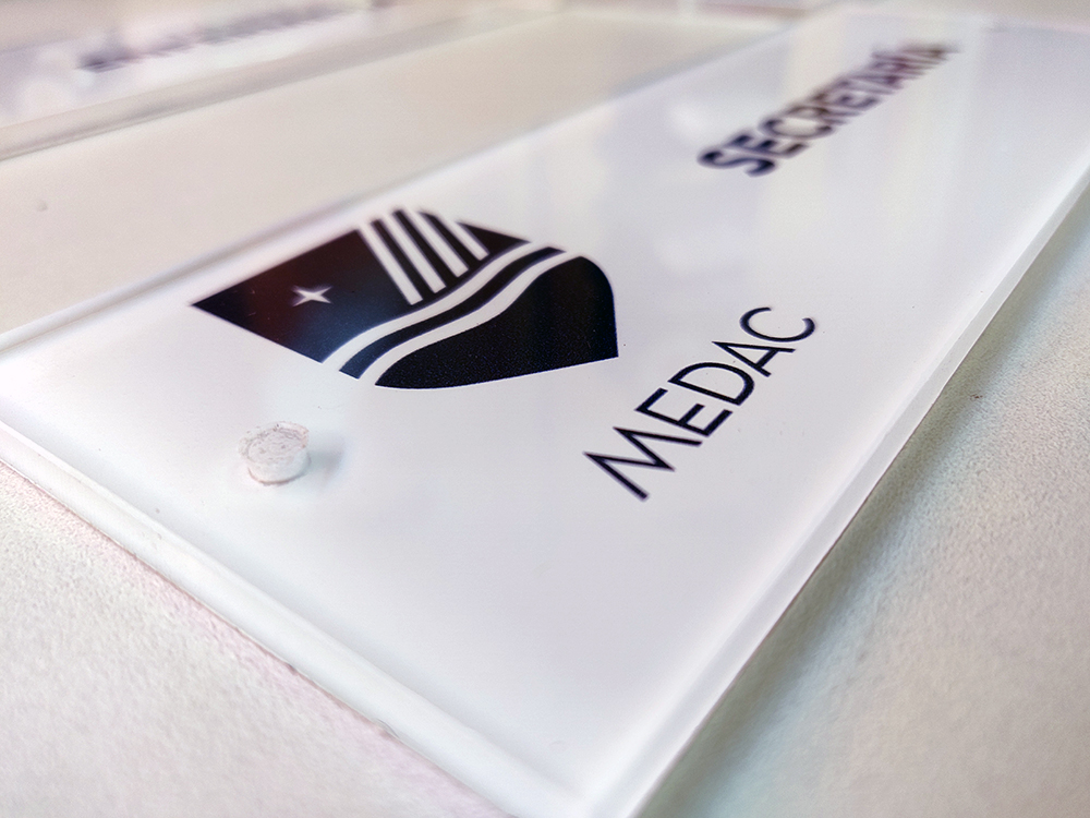 Placas de metacrilato para Medac