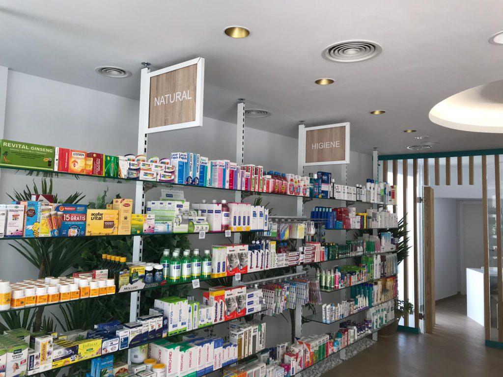 Rotulación corporativa para Farmacia Curiel