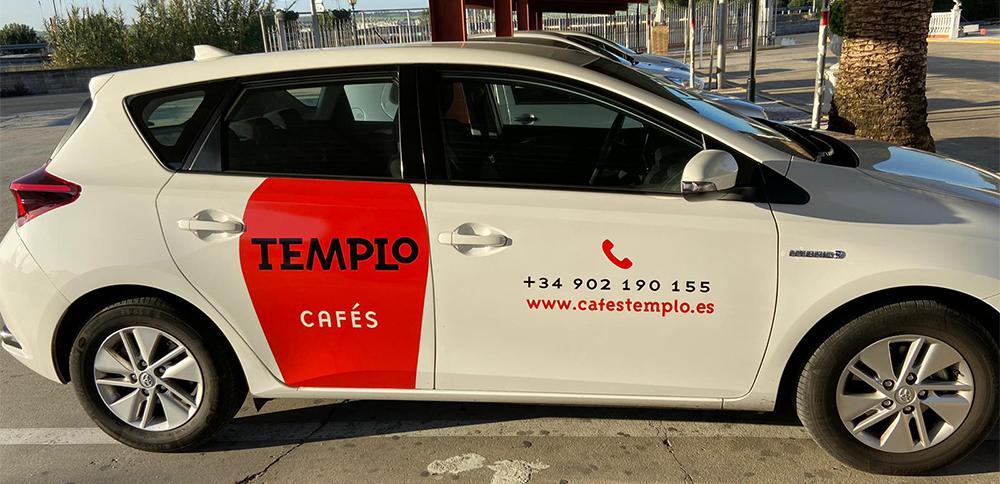 Rotulación de vehículo para Templo Cafés