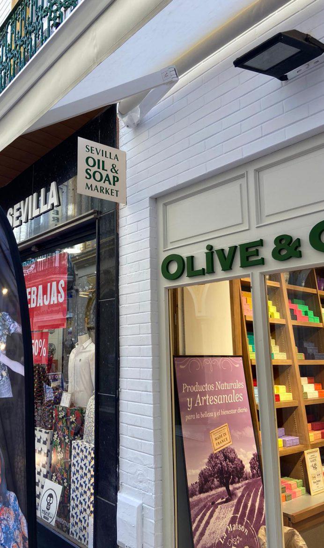 Rotulación corporativa para Olive&Co